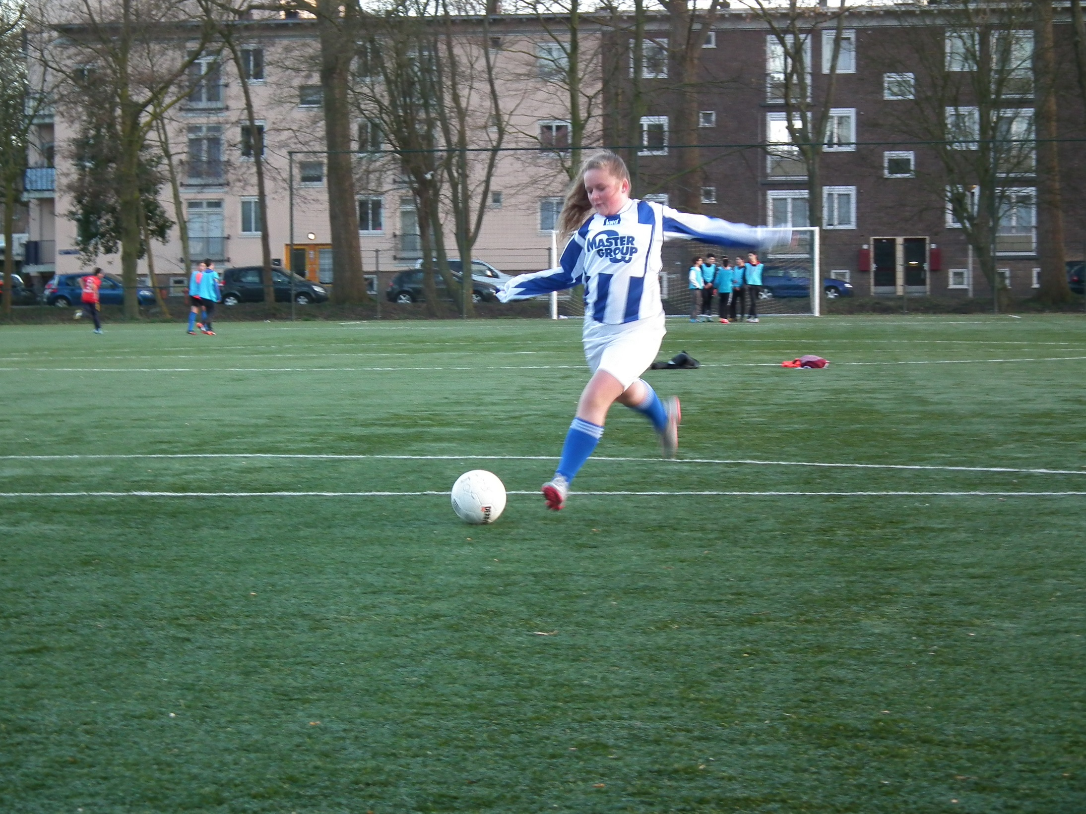 Meisjes voetbal bij Avv Sloterdijk!